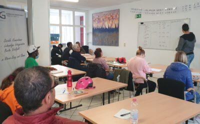 Deutschkurs der Kurdischen Gemeinschaft zurzeit belegt